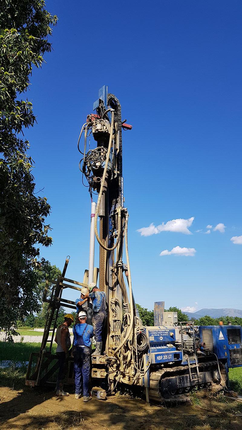 машинско дупчење на бунари Македонија